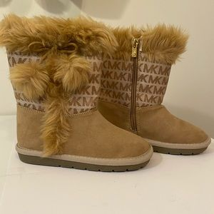 Girls Faux fur Michael Kors boot size 12